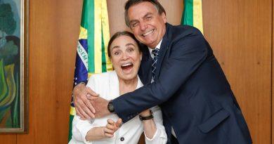 Governo banca despesas de Regina Duarte em Brasília e se recusa a informar valores